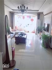 百合花园3室2厅2卫72万元