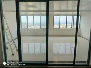 凡尔赛250平办公室出租10000元/月