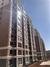 华墅两居、电梯6楼、赠送车位地下室