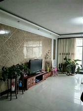 东方花苑150平3室2厅2卫90万元