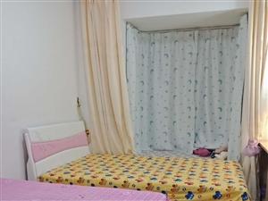 君悦华庭1室1厅1卫53万元精装一房两厅