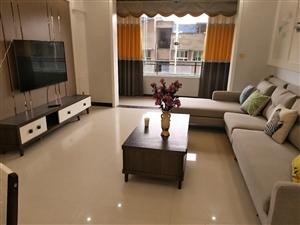 翰林福邸3室2厅86万元拎包入住精装