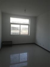 抢,海岱学区房,3楼93平,精装三室+车库+可按揭