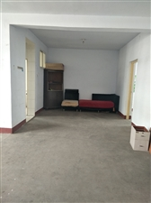 海岱北苑2楼118平3室带大车库双证满五可按揭