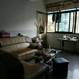 兴昌小区4室2厅2卫65万元