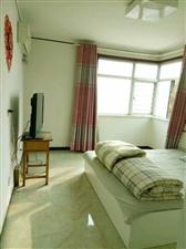 阳光高层3室2厅2卫2000元/月