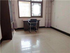 3室2厅2卫16000元/月