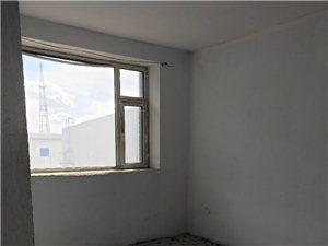 25429步行街附近2室1厅1卫48万元