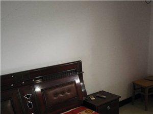 港汇国际2室1厅1卫实施齐全拎包入住800元/月