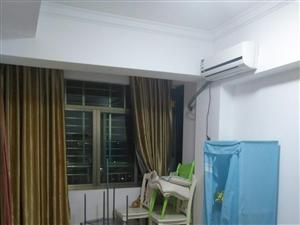 鸿业嘉辉 精装修,高层4室 2厅 3000元/月