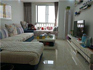 東潤峰景2室2廳1衛2300元/月