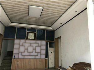 美源附近自建二层独院4室2厅2卫660元/月