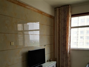 星悦城11楼精装修拎包入住3室2厅1200元