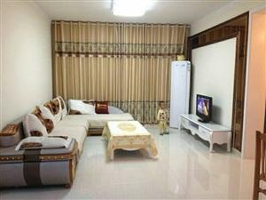 精装修.8楼+龙凤城+2室2厅1300元/月