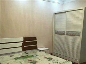 百盛附近玲珑公寓1室1厅1卫800元/月
