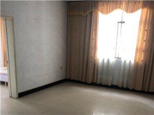 大转盘附近3室2厅1卫1000元/月