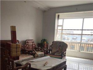 怡和名士豪庭3室2厅1卫1500元/月