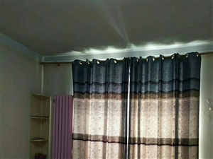出租英民花園學區房精裝3室2廳2衛1250元/月