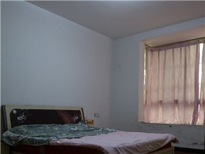 山水人家3室2厅2卫72.8万元