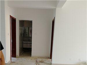 8339翡翠城3室2厅1卫100万元