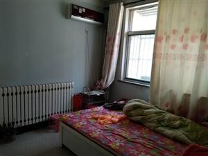 锦绣青城2楼3室2厅1000元