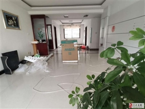 沂河明珠(正阳路)(null)4室2厅2卫126万元