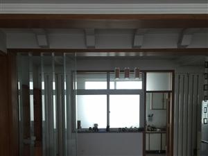 天山花园2楼3室精装带家具家电车库1800元/月
