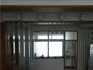 天山花园2楼精装家具家电136平带车库1800/