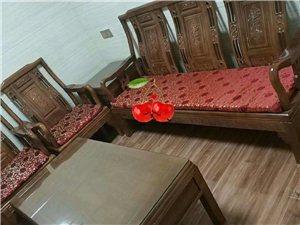 茗都华苑公寓 精装修1室 1厅 1卫1000元/月