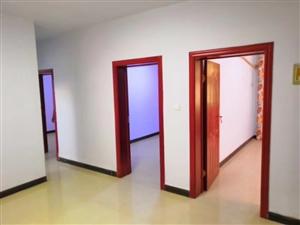 老六中家屬院一樓帶小院3室 1廳 1衛23萬元