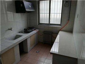 老家具厂3室2厅1卫1250元/月
