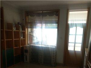 朝阳小区2楼120平3室带家具家电1900元/月