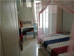 泛华新城稀缺1楼110平3室2厅2卫72万元