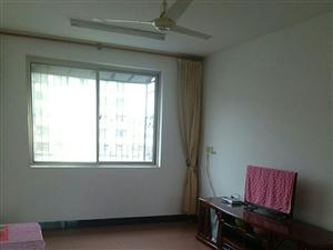 潢高西华英小区两室空调套房出租