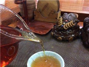 大澄城喝茶的人越�碓蕉啵�注重品�|跟健康的