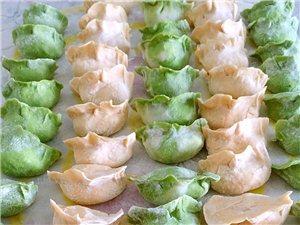 马上下锅咯喜欢吃水饺的童鞋举个手哈