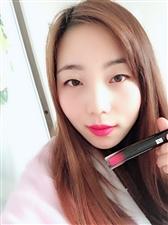 今天涂的新品唇釉梦露红颜色超美