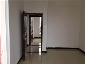 本人出售洋浦经济开发区华泰豪苑住房面积8