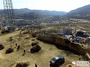 张家川在线航拍恭门镇正月二十五社火