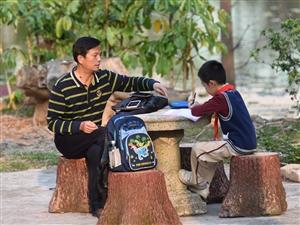 给孩子最好的爱就是陪伴