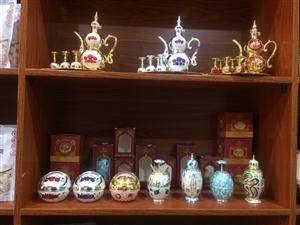 贵州唯一一家内蒙古特产专卖店,位于文?#20107;?92号,四中大门正前方100?#29366;Γ?#22902;制品,纯奶发酵,有补钙