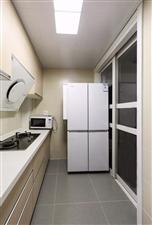 丽维家橱柜3999元每套3米地柜1米吊柜