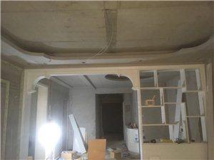 专业木工吊顶大衣柜500.鞋柜200.博物架300.吊顶30一平方,电话15890500520,微