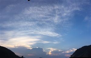 夕阳西下,断肠人在天涯