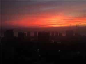 合江的天,你们觉得是日落还是日出呢?