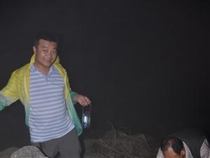 中国大关山摄影俱乐部第22次活动走进关山老爷岭拍红月亮和日出