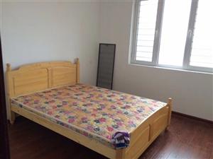 新东城3室2厅2卫1000元/月-简装。有需要的联系电话13403266876刘女士