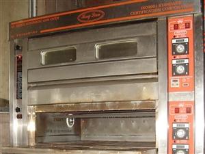 最低价出售烤箱,和面机,压片机。烤箱是恒联三层燃气烤箱,新机8000多。和面机是哈尔滨冰城牌的,能和...