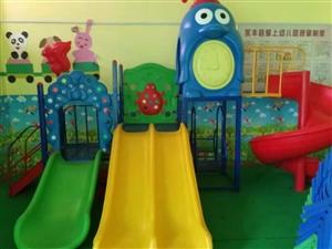 出售一批幼儿园设施,有游乐设施,床,桌子,椅子,烧水炉,洗手台等等,全部九成新以上!价格实惠!