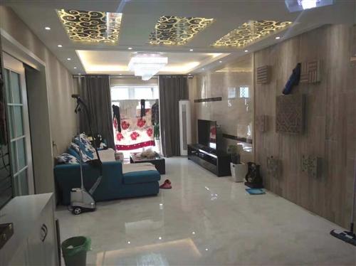 汇景江南 132平 豪华装修 洋房 领包入住 67万 超高性价比 楼王位置